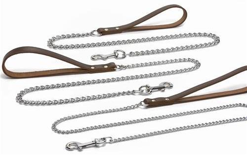 Line med kæde brun
